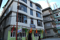 Hotel Holiday Inn, Middle Pelling
